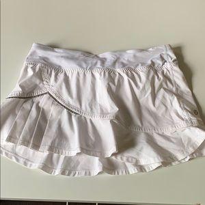 🍋 white tennis skirt
